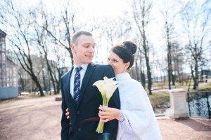 Свадебная фотосессия весной в Лопухинском саду 16