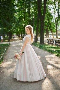 Красивая свадебная фотосессия невеста
