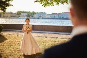 Свадебная фотосессия набережная закат